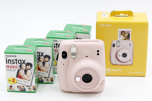 Fujifilm Instax Mini 11 Starter Kit, Blush Pink